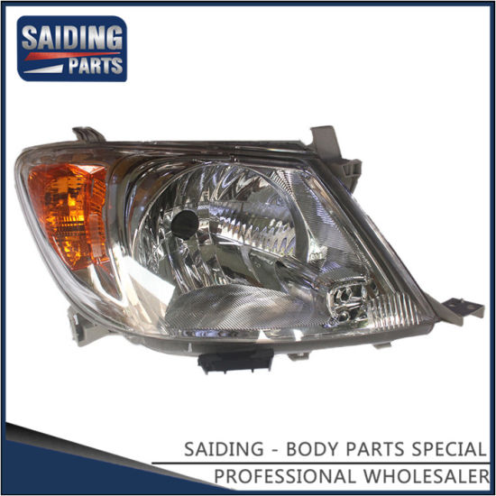 Cars Auto Headlight for Toyota Hilux Ggn15 Body Parts 81110-0K180